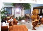 Avlida Hotel - Sitzgelegenheiten im Lobbybereich