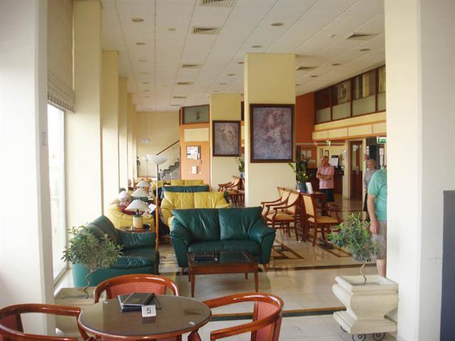 Lounge(1)_2-l