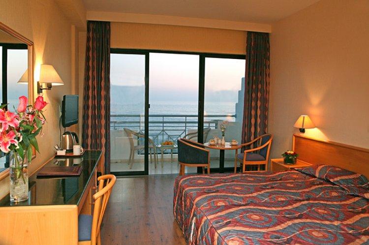 b_cipru_paphos_hotel_st_george_74769