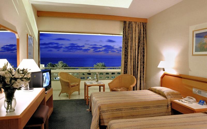 pioneer_beach_hotel_twin