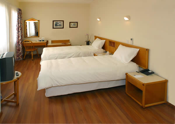 centrum_hotel_nicosia_excutive_bedroom