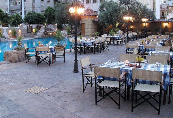 cleopatra_loucoullos_restaurant
