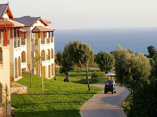 golf9_at_the_Intercontinental_Aphrodite_Hills_Resor